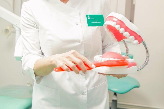 Зубные недуги. Стоматолог – о профессиональной гигиене полости рта