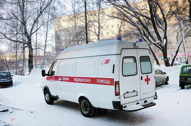 В Оренбуржье маленький ребенок упал на банную печь.