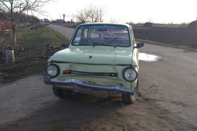 В Херсонской области водитель авто сбил двух школьниц и скрылся с места ДТП