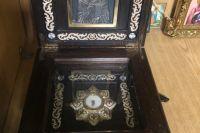 В Виннице рецидивист украл из храма мощи святого Николая и подарил их другу