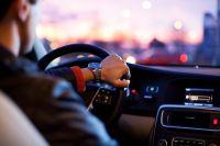 За прошлый год более 5,5 тысяч водителей-должников стали пешеходами
