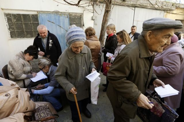 Кабмин раскритиковал законопроект о праве на пенсию для жителей ОРДЛО