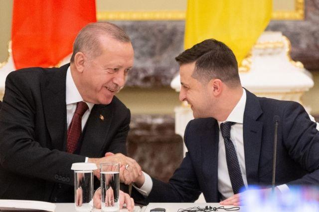 Турция выделит Украине 36 млн долларов на военные нужды