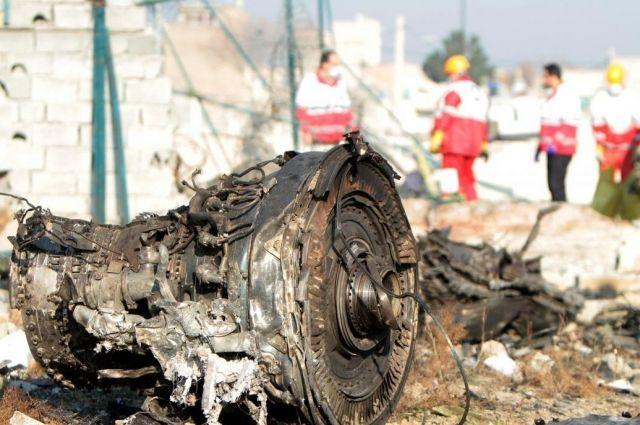 Франция готова помочь в расшифровке «черных ящиков» сбитого самолета МАУ