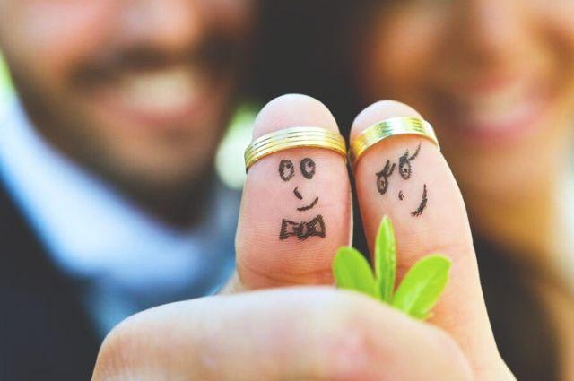 Украинцы в 2019 году зарегистрировали браков больше, чем разводов