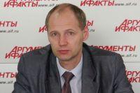 Илья Резник.
