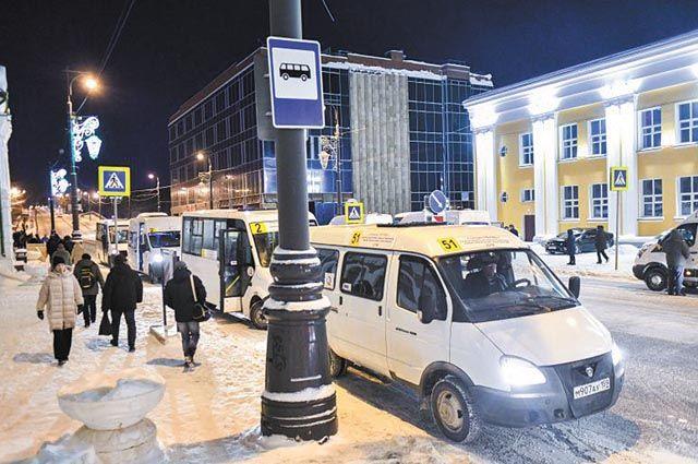 Микроавтобус должен доставить людей от Перми I до остановки, где они могут выбрать нужный вид транспорта. Такая схема – временная.