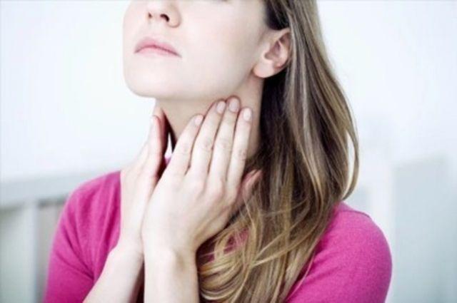 Медики назвали топ-7 советов, как обезопасить свое горло
