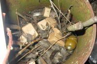 В Киевской области пьяный юноша травмировался разбирая гранату отчима