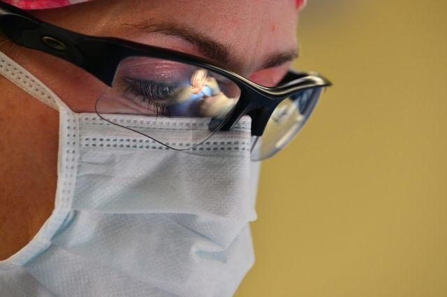 Поликлиники Тюмени перешли на противоэпидемический режим работы