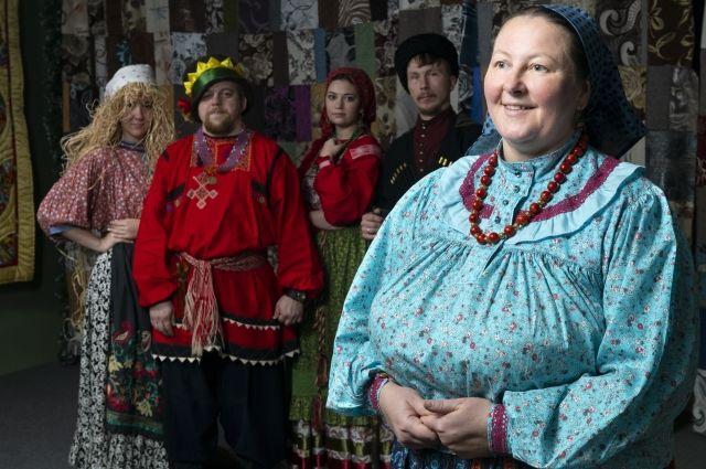 Традиционная народная одежда - часть имиджа.
