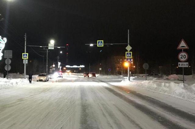 В Муравленко на улице Школьной иномарка сбила девочку