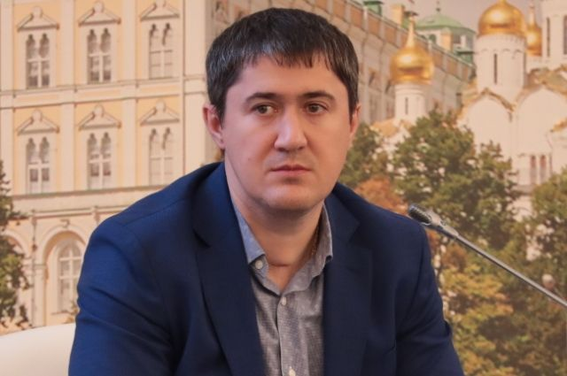 6 февраля президент назначил Дмитрий Махонина губернатором Пермского края.