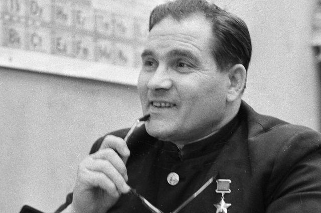 Михаил Девятаев.