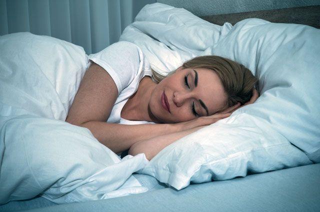 Может ли длительный сон в выходные компенсировать недосып в течение недели?