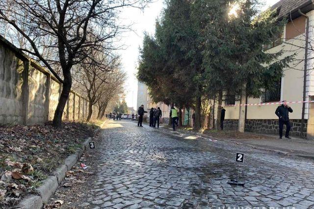 Стрельба в Мукачево: полиция квалифицировала дело как покушение на убийство