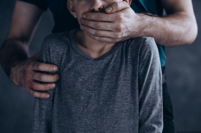 В Харькове мужчина изнасиловал 14-летнего мальчика
