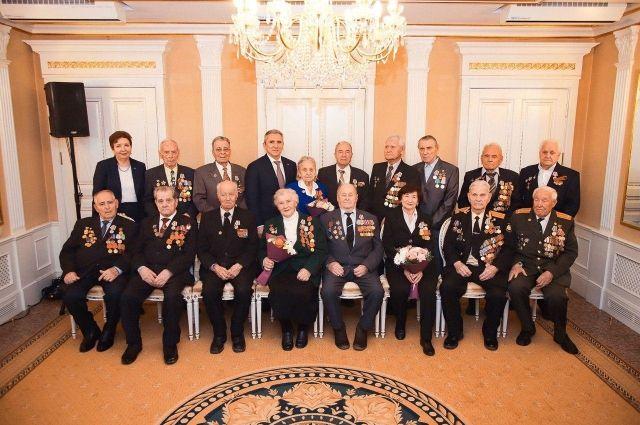 В Тюменском районе ветеранов наградили юбилейными медалями