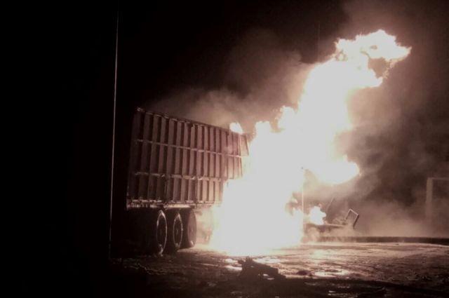 В Херсонской области произошел пожар на АЗС: детали происшествия
