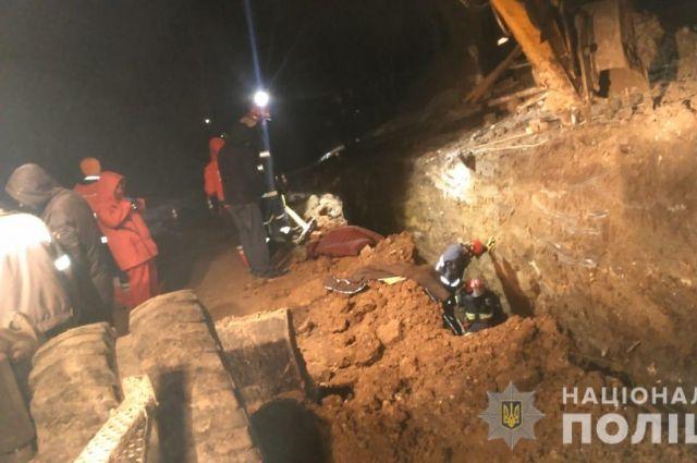 ЧП в Тернополе: при обрушении грунта погибли двое рабочих