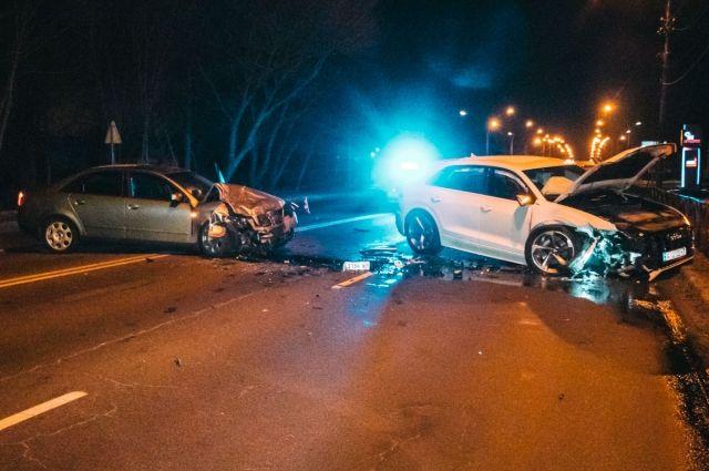 В Киевской области произошло двойное ДТП: есть пострадавший