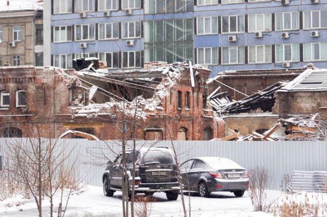 Депутаты ЗС посчитали, что здания не подлежат восстановлению.