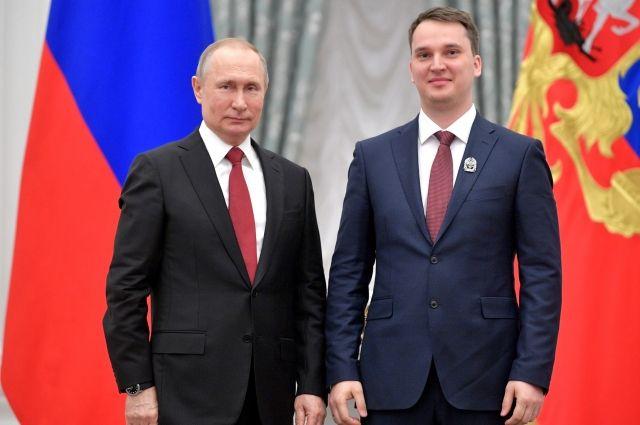 Один из лучших молодых ученых страны из Санкт-Петербурга получил награду из рук президента России.