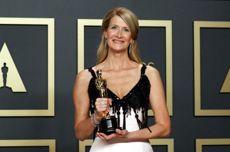 Лучшая актриса второго плана: Лора Дерн, «Брачная история».