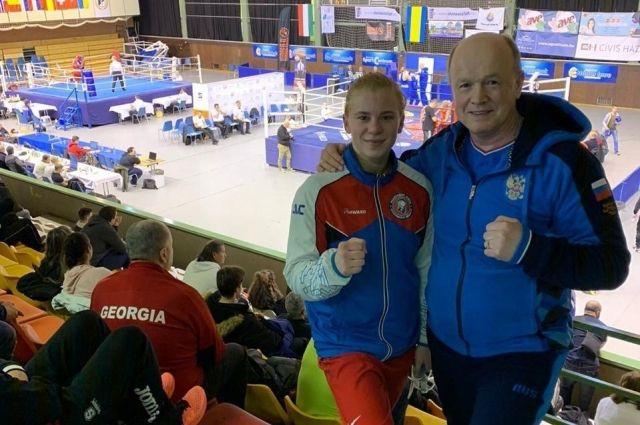 Екатерина Дынник заняла второе место в категории 60 кг.