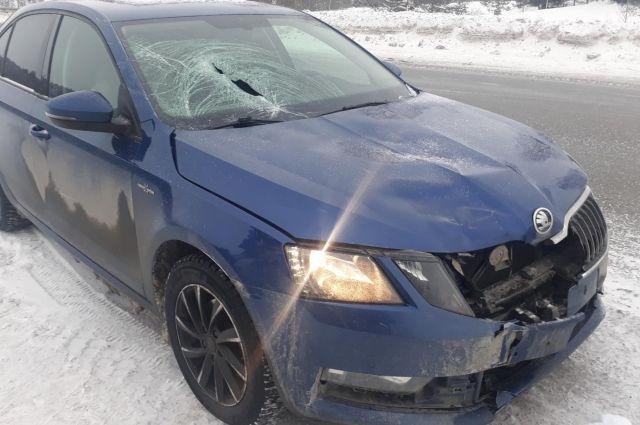 26-летний водитель автомобиоя Skoda на проезжей части сбил 34-летнего мужчину.