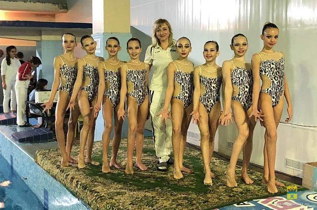Оренбургские спортсменки удачно выступили  на турнире по плаванию «Горький STYLE»