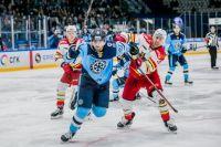 Из-за вспышки коронавируса в Китае матч прошел в Новосибирске.