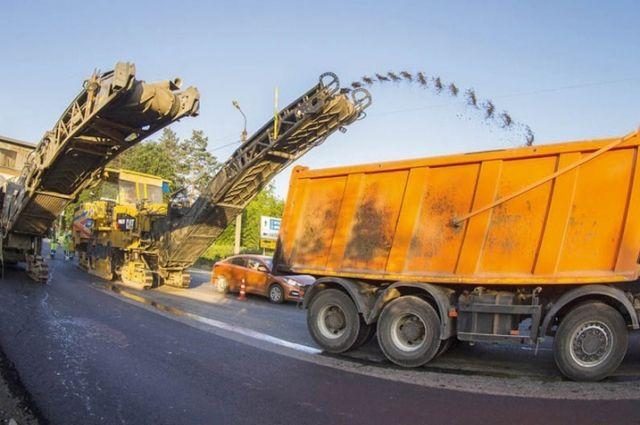 В Смоленске в этом году отремонтируют более восьми километров дорог.
