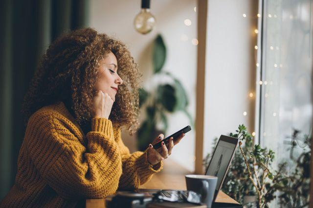 «Без тебя жизни нет»:  как на человека влияют шесть минут без смартфона
