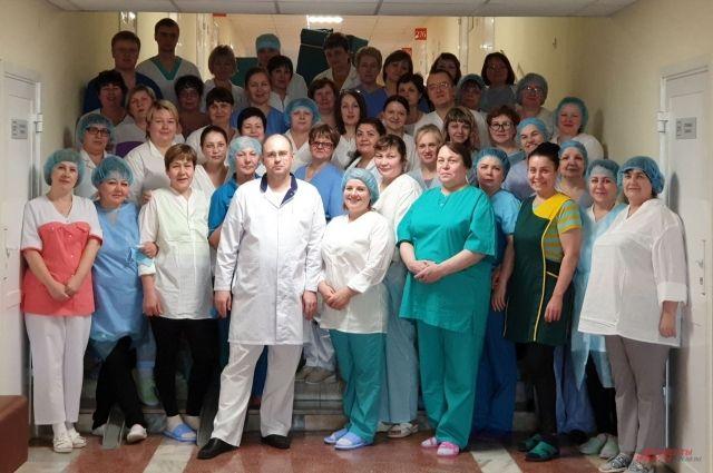 Александр Моор назвал героями команду медиков «Градостроителя»