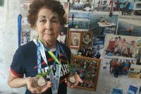 Две золотых медали привезла Нина Максимова с соревнований в Словении.