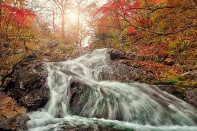 Кравцовские водопады очаровательны в любое время года.