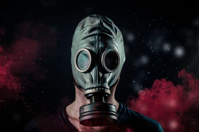 Радон тяжелее воздуха, поэтому основной объём газа оседает в подвалах зданий.
