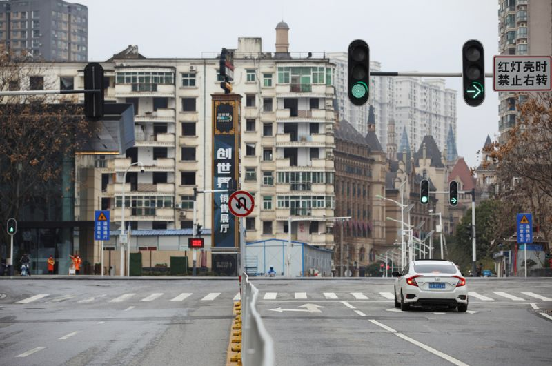 Пустые улицы Уханя.