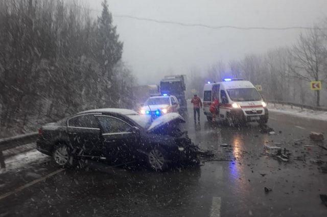 Во Львовской области произошло ДТП, есть пострадавшие