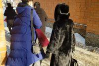Контактировавших с болевшей коронавирусом китаянкой в Тюмени выписали