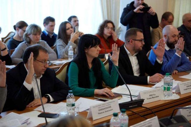 В Украине могут повысить стипендии детям-сиротам
