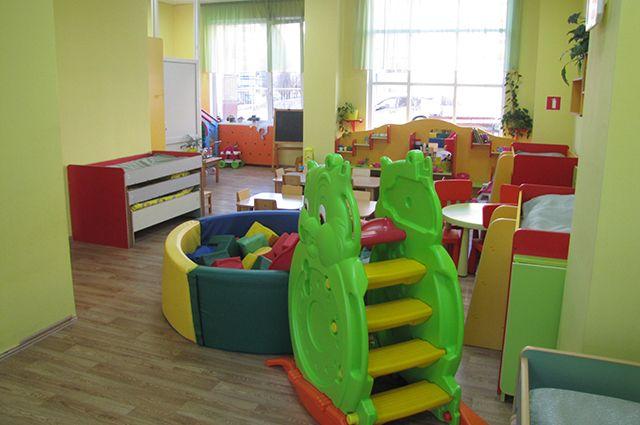 В числе актуальных вопросов школьное питание, запись в первые классы и очереди в детские сады.
