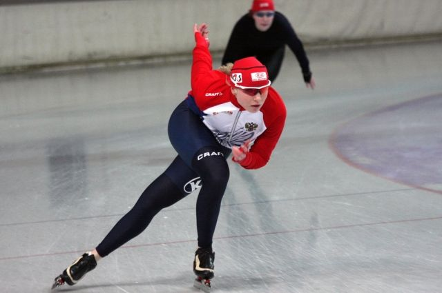 Российские конькобежки завоевали серебро в командном спринте на ЧМ в США photo
