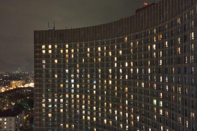 В Москве произошел пожар в гостинице «Космос» photo