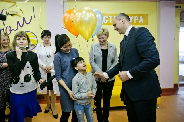 В Оренбурге после капремонта открылась детская поликлиника на Туркестанской.