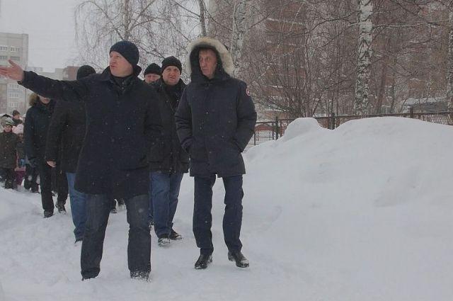 Вячеслав Франк на выездном совещании по уборке снега