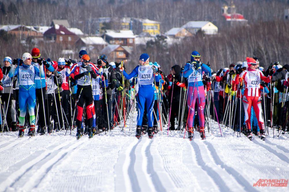 В этом году участие в массовой гонке приняло рекордное количество жителей региона – около 13 тысяч человек.