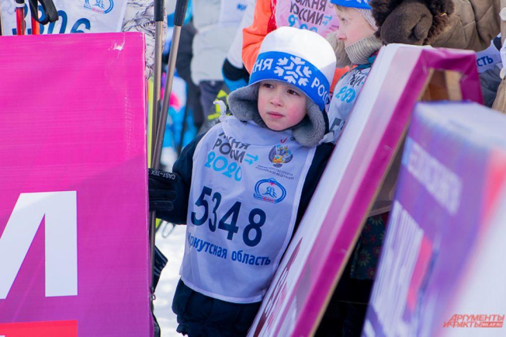Также перед массовым стартом прошла мини-гонка для самых маленьких лыжников