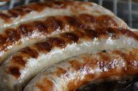 Готовить домашнюю колбасу не так сложно, как кажется.